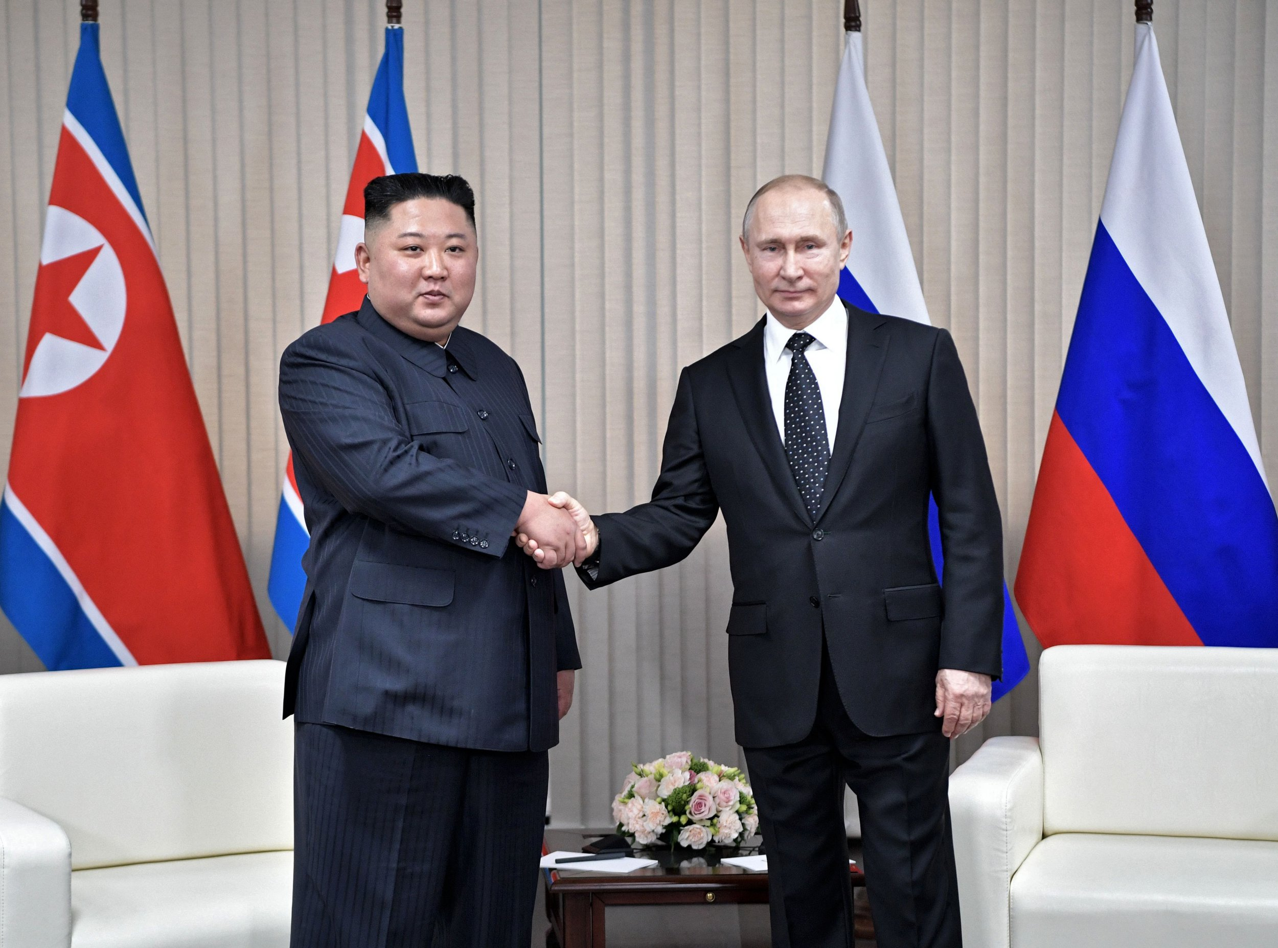 TOPSHOT - Russian President Vladimir Putin meets with North Korean leader Kim Jong Un at the Far Eastern Federal University campus on Russky island in the far-eastern Russian port of Vladivostok on April 25, 2019. (Photo by Alexey NIKOLSKY / SPUTNIK / AFP) (Photo credit should read ALEXEY NIKOLSKY/AFP/Getty Images)
