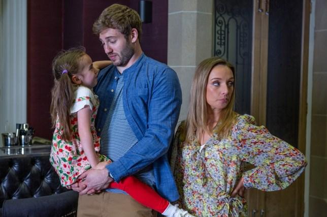 Jamie brings his family to Emmerdale