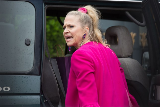 Linda Carter (Kellie Bright) Eastenders