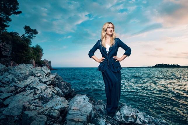 Riviera season 2 julia stiles