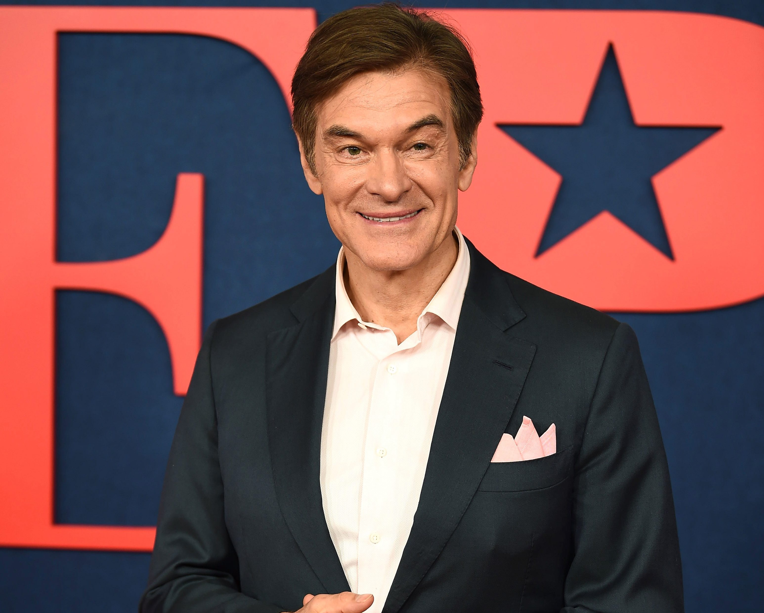 Dr Oz claims you don't need to wash chicken before cooking and people are not convinced
