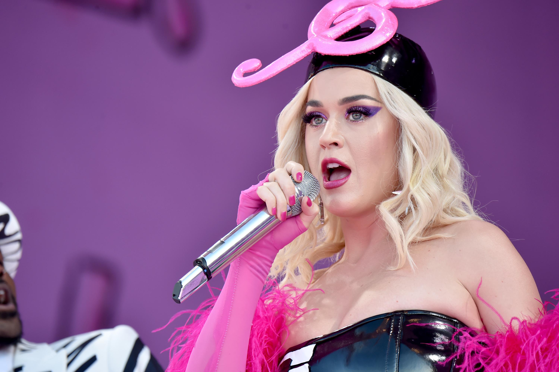 is Katy Perry dating Juicy j gratis dating sites in Devon