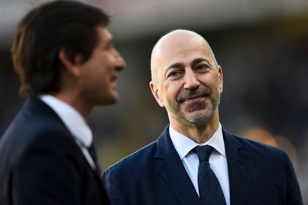 Former Arsenal chief Ivan Gazidis set for talks with Chelsea manager Maurizio Sarri