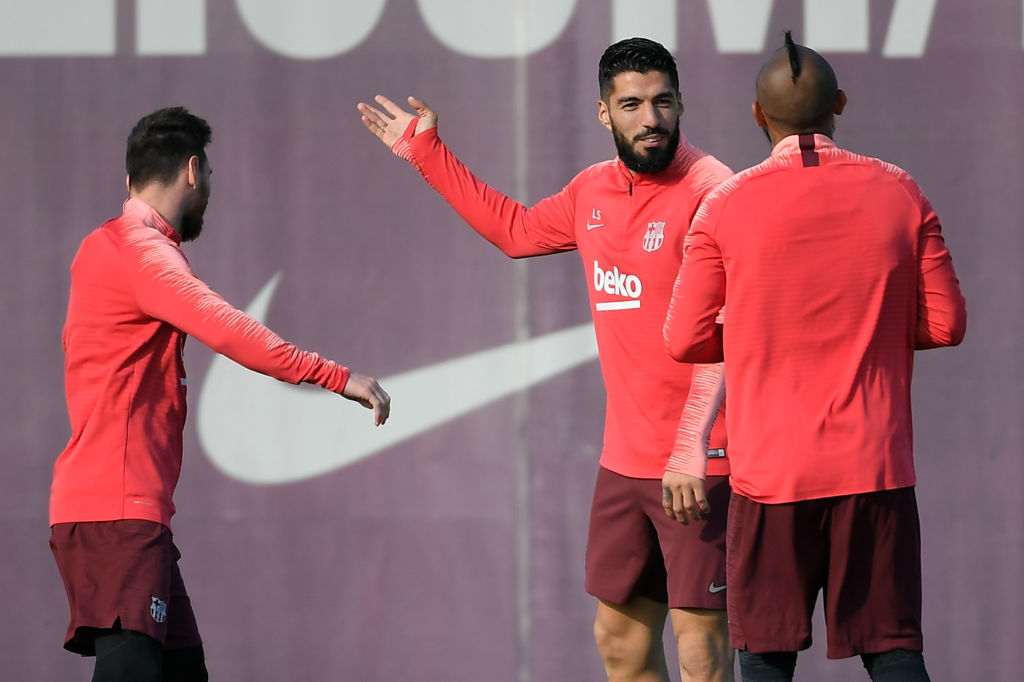 Luis Suarez warns Barcelona team-mates against switching off against Liverpool