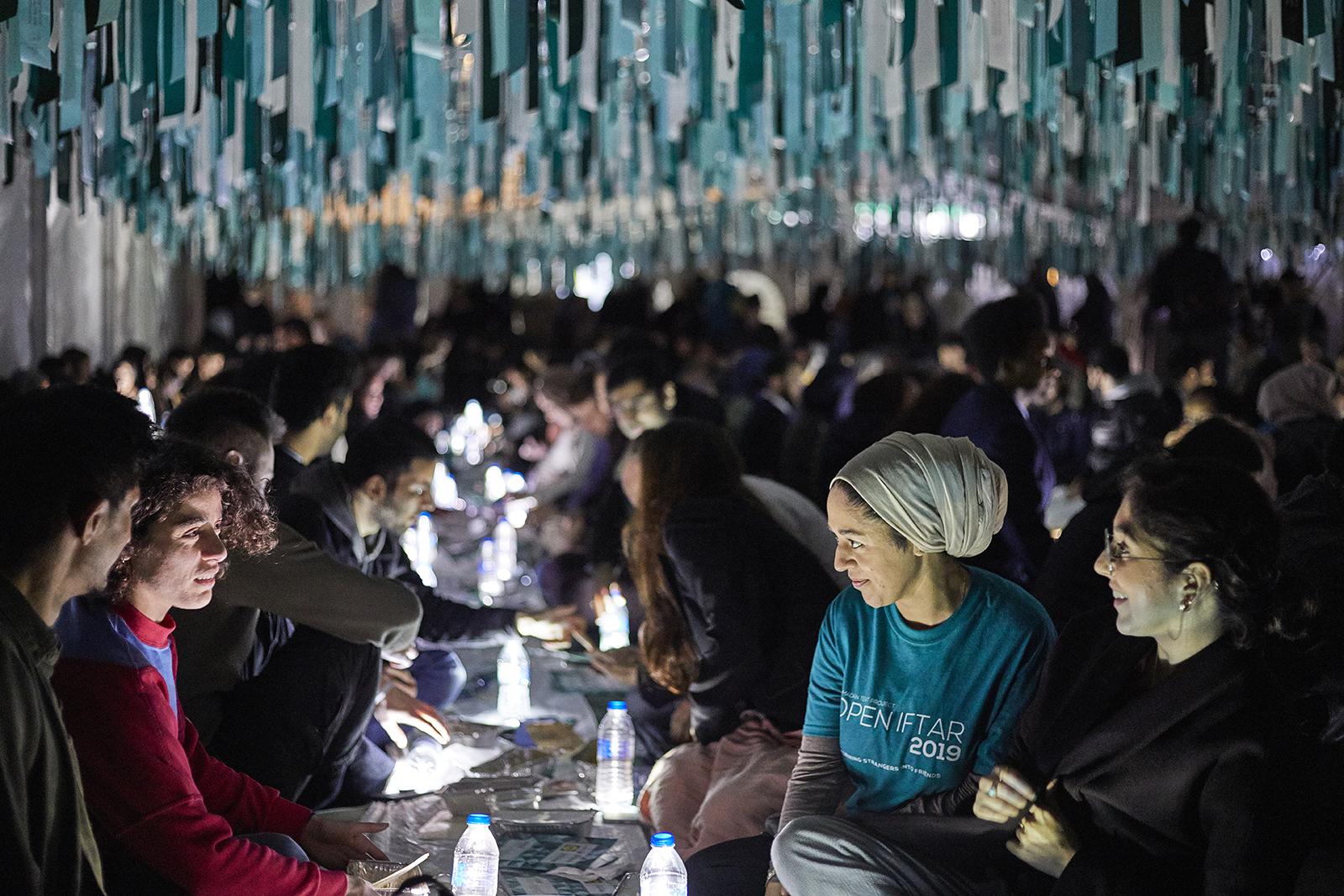 Ramadan Tent Project returns its Open Iftar, feeding hundreds of Muslims