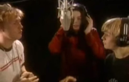Michael Jackson singing with Nick and Aaron Carter