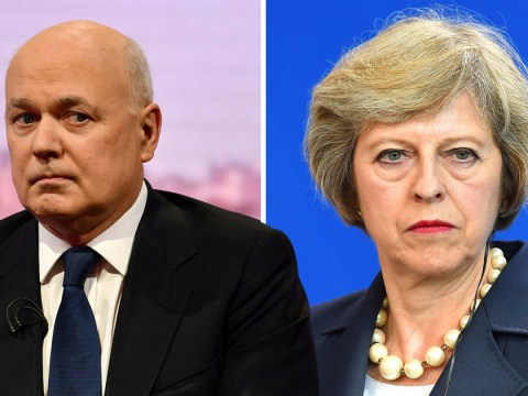 Iain Duncan Smith tells Theresa May 'set departure date or we will decide'