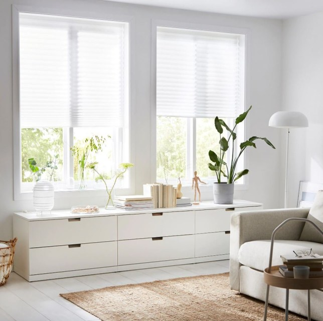 METRO GRAB - Ikea selling ?3 that fit any window SCHOTTIS Pleated blind https://www.ikea.com/gb/en/products/textiles-rugs/curtains-blinds/schottis-pleated-blind-white-art-20242282/?tduid=6ed19e4465ec86b5eeb9a5e69509e339&utm_medium=affiliate&utm_name=generic&utm_term=conversion&utm_content=deeplink&utm_source=adgoal+DE