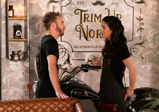 Natalie Watkins and David Platt get close on Coronation Street