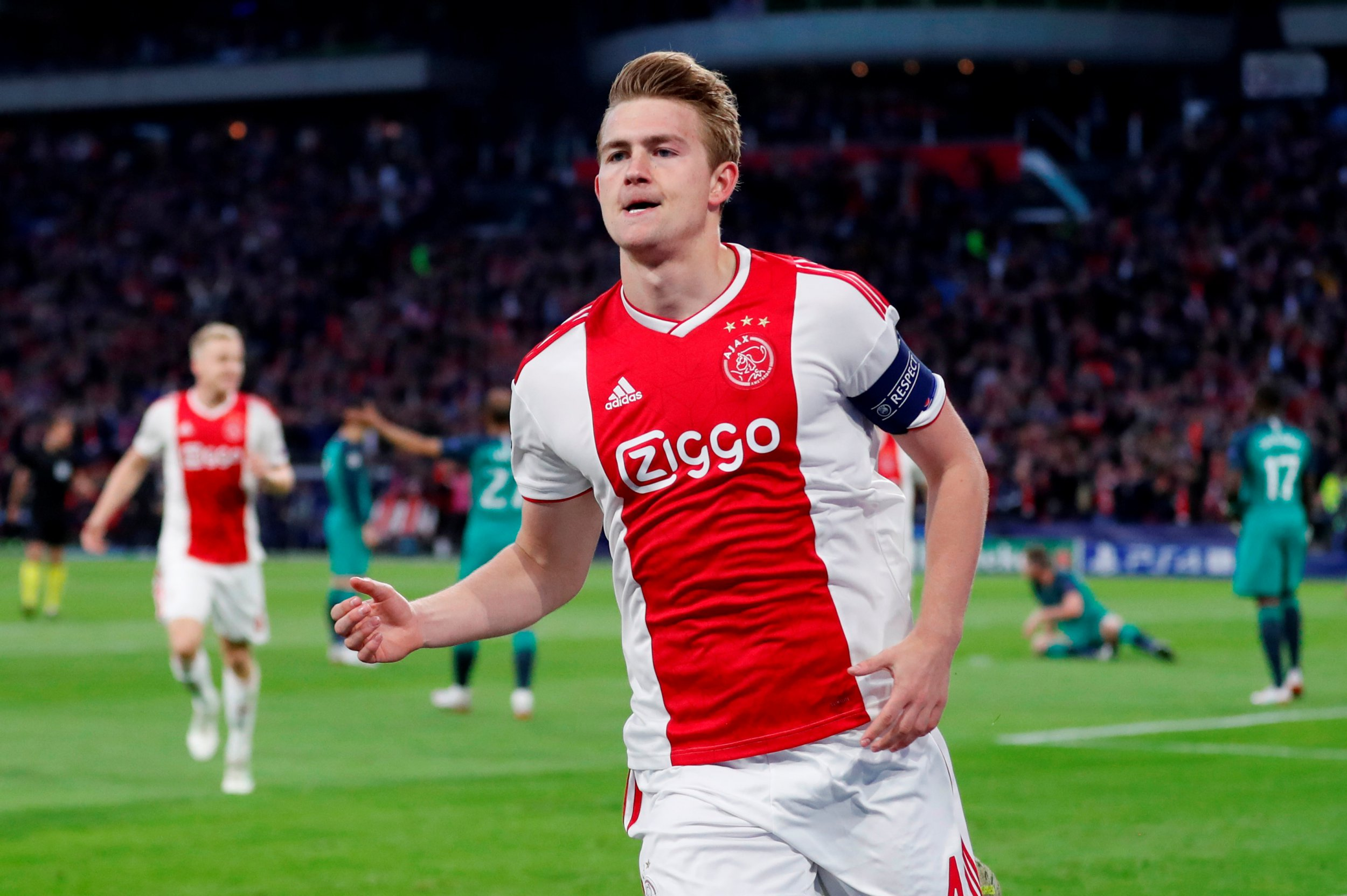 Matthijs de Ligt is being linked with a host of clubs this summer