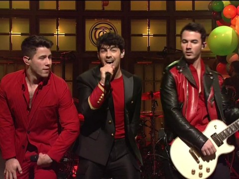 The Jonas Brothers perform on SNL for first time in a decade and fans are literally losing their minds