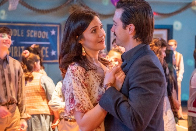 "THIS IS US -- ""Don't Take My Sunshine Away"" Episode 316 -- Pictured: (l-r) Mandy Moore as Rebecca Pearson, Milo Ventimiglia as Jack Pearson -- (Photo by: Ron Batzdorff/NBC/NBCU Photo Bank via Getty Images)"
