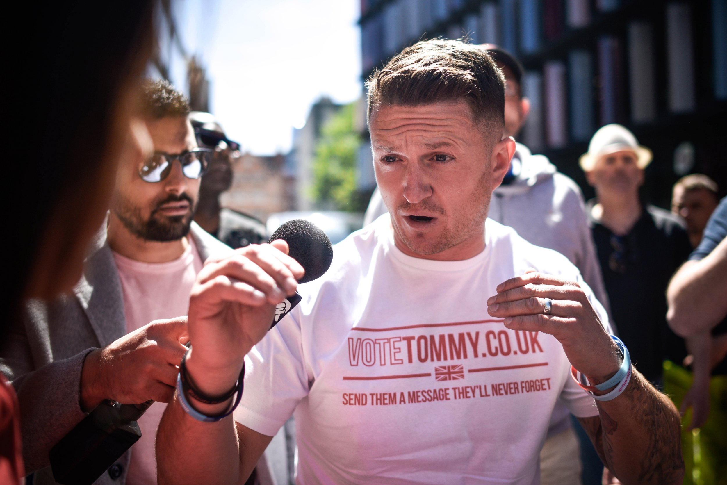 LONDON, ENGLAND - MAY 14: British far-right activist and pundit, Tommy Robinson (real name Stephen Yaxley-Lennon) arrives at the Old Bailey on May 14, 2019 in London, England. Mr Robinson is appearing over allegations that he committed contempt of court by allegedly filming people involved in a criminal trial and broadcasting footage on social media. (Photo by Peter Summers/Getty Images)