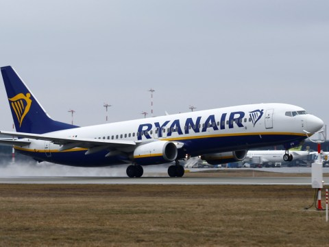 British woman dies on Ryanair flight moments before take-off