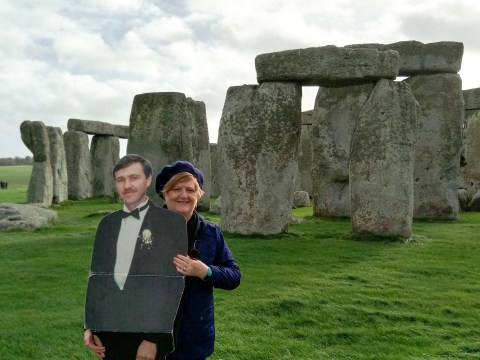 Widow travels the world with a cardboard cutout of her late husband