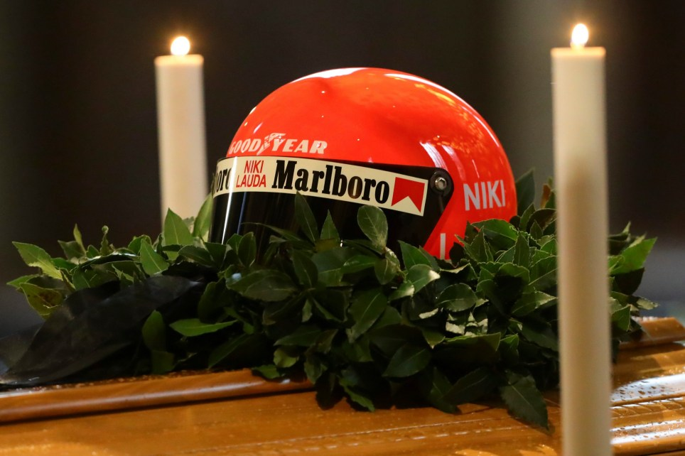 VIENNA, AUSTRIA - MAY 29: Niki Lauda's helmet sits on his coffin during a Memorial Service at St. Stephen's Cathedral Vienna on May 29, 2019 in Vienna, Austria. Thousands of fans, family members and friends gathered in Vienna for Austrian F1 star Niki Lauda's memorial. After the service the three-time F1 champion who died on May 20 at the age of 70 will be buried wearing his race overalls. (Photo by Stephan Woldron - SEPA.Media/Bongarts/Getty Images)