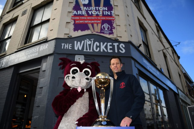 Marcus Trescothick has backed England to win the Cricket World Cup
