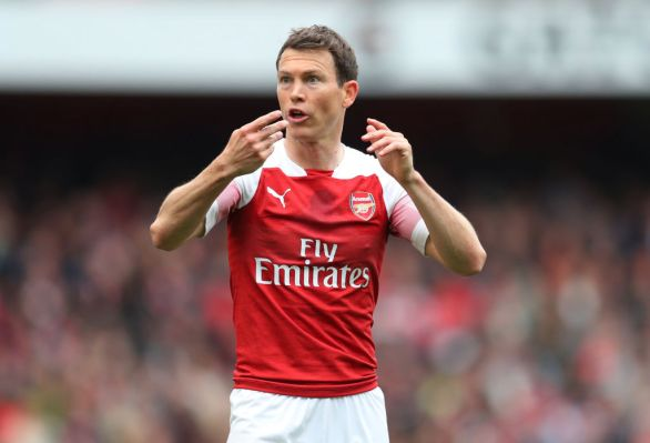 Lichtsteiner made 23 appearances for Arsenal
