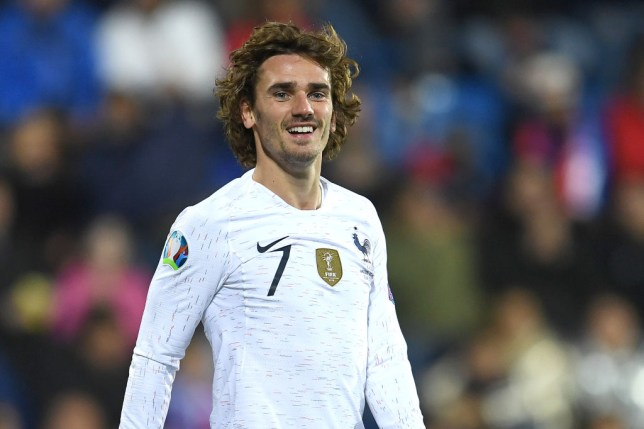 Manchester United are plotting a huge bid for Antoine Griezmann