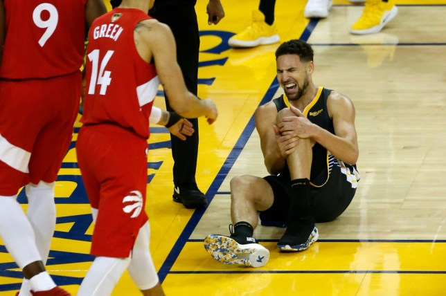 Kawhi Leonard & Stephen Curry react to Klay Thompson's injury in Toronto's NBA Finals win