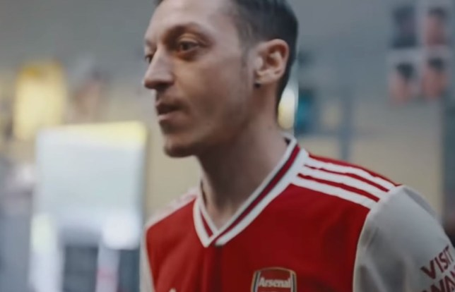 new arrivals 06e64 3f966 Pierre-Emerick Aubameyang & Mesut Ozil star in leaked video ...