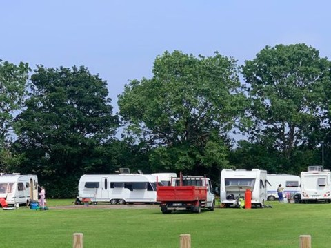 Travellers get through council's £15,000 defence to protect field