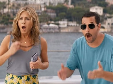 Who is in the cast of Murder Mystery with Adam Sandler and what is it about?