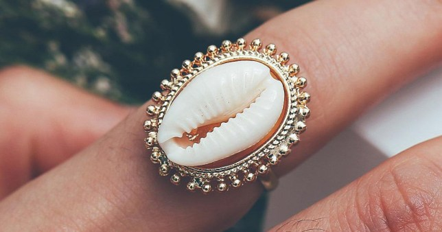 Critics say this ring looks like a vulva