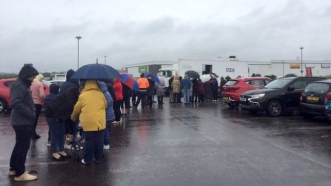 Hundreds queue for TB screening after outbreak of ...