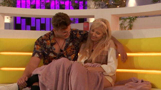 Amy Hart and Curtis Pritchard in Love Island
