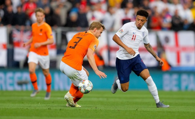 Jadon Sancho embarrassed Matthijs de Ligt with a lovely nutmeg
