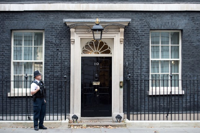 10 Downing Street with a policeman standing outside