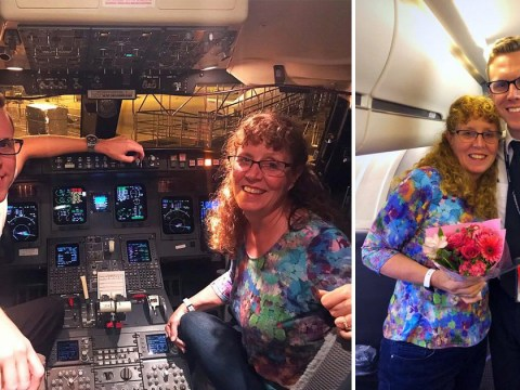 Mum waits hours for pilot son's delayed flight, is invited on plane as the only passenger