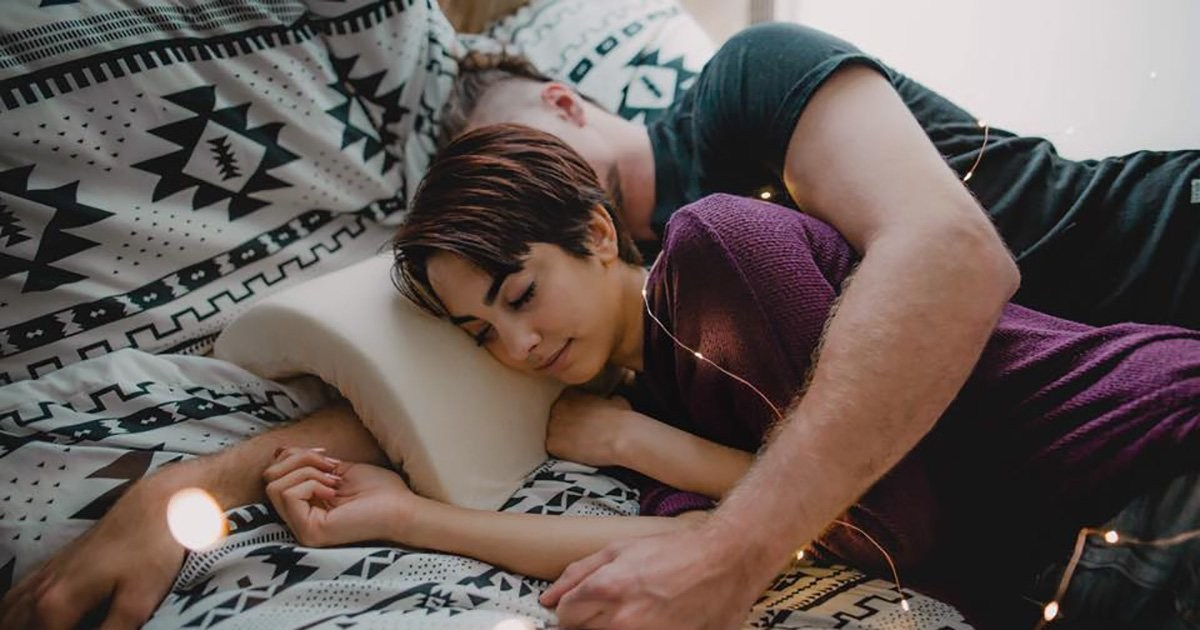 genius spooning pillow protects your