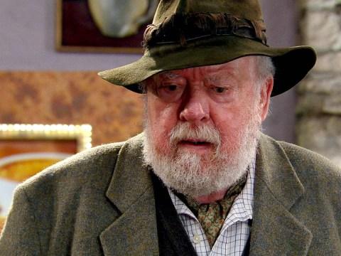 Emmerdale stars pay tribute as Sandy Thomas actor Freddie Jones dies