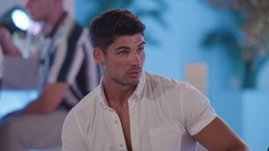 From ITV Studios Love Island: SR5: Ep36 on ITV2 Pictured: Anton chats to Belle. This photograph is (C) ITV Plc and can only be reproduced for editorial purposes directly in connection with the programme or event mentioned above, or ITV plc. Once made available by ITV plc Picture Desk, this photograph can be reproduced once only up until the transmission [TX] date and no reproduction fee will be charged. Any subsequent usage may incur a fee. This photograph must not be manipulated [excluding basic cropping] in a manner which alters the visual appearance of the person photographed deemed detrimental or inappropriate by ITV plc Picture Desk. This photograph must not be syndicated to any other company, publication or website, or permanently archived, without the express written permission of ITV Picture Desk. Full Terms and conditions are available on the website www.itv.com/presscentre/itvpictures/terms For further information please contact: james.hilder@itv.com / 0207 157 3052