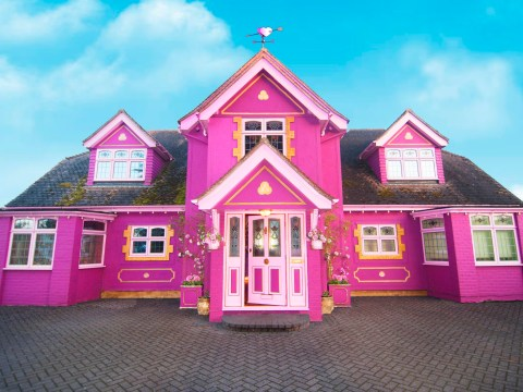 Woman transforms house into an incredible pink masterpiece available to rent
