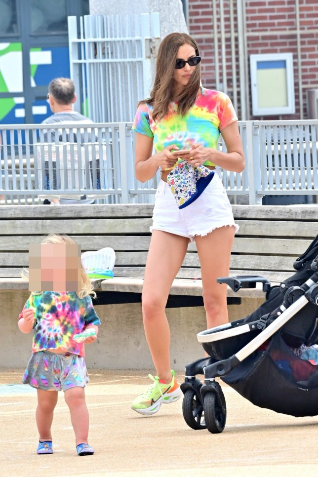 ** RIGHTS: WORLDWIDE EXCEPT IN FRANCE, GERMANY, POLAND ** New York, Ny - Irina Shayk matching colorful tshirts with daughter Lea Pictured: Irina Shayk BACKGRID USA 17 JULY 2019 BYLINE MUST READ: Skyler2018 / BACKGRID USA: +1 310 798 9111 / usasales@backgrid.com UK: +44 208 344 2007 / uksales@backgrid.com *UK Clients - Pictures Containing Children Please Pixelate Face Prior To Publication*