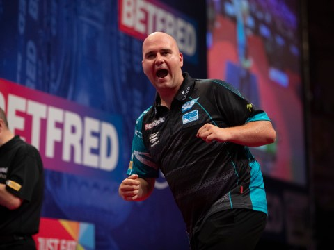 Rob Cross working on his aggressive side for Krzysztof Ratajski World Matchplay clash