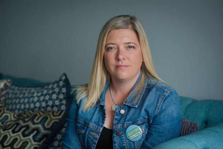 Kelly Ephgrave who has Macular disease