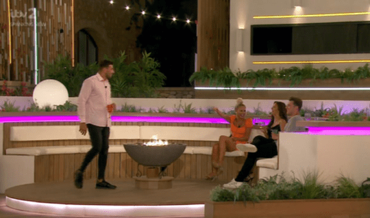 Love Island's Tommy performing to Maura and Curtis
