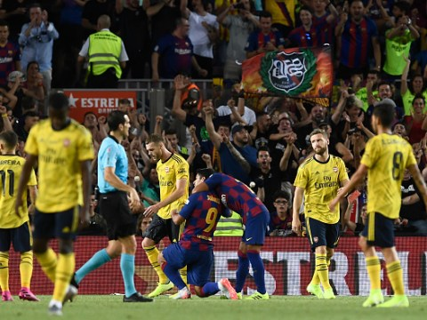 Arsenal fans tell Unai Emery to sell three players after Barcelona defeat