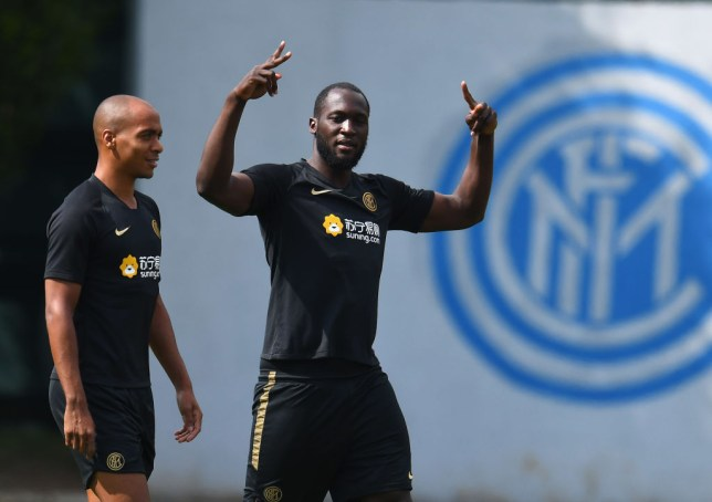 Romelu Lukaku waves his hands in the air in Inter Milan training