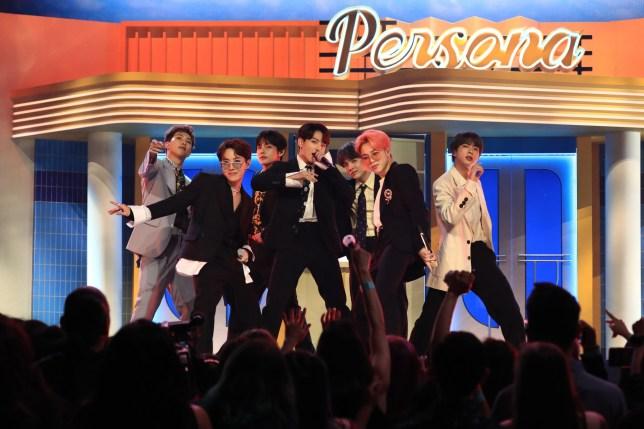 Big Hit Entertainment on Flipboard | Girl Groups, K-Pop