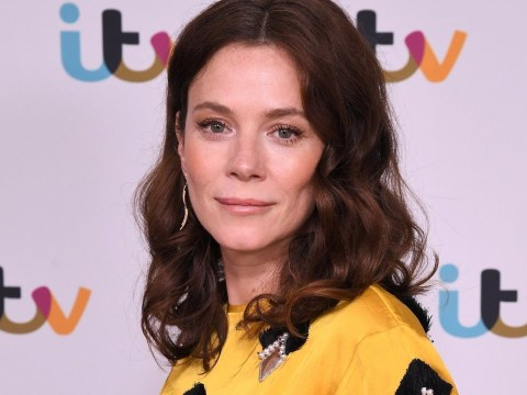 How old is Anna Friel and what has the Deep Water actress been in before?