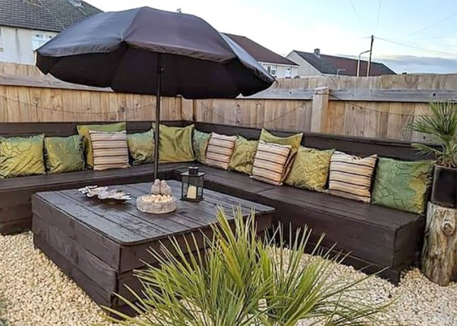 Where Can You Get Free Pallets To Make Cheap Garden Furniture