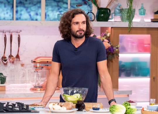 Editorial use only Mandatory Credit: Photo by Ken McKay/ITV/REX (10047691bs) Joe Wicks 'This Morning' TV show, London, UK - 04 Jan 2019 COOKERY: JOE WICKS: DON?T CUT OUT COMFORT FOOD THIS JANUARY It?s January - and if a month of parties, mince pies and copious amounts of turkey have led you to a post-Christmas diet, you?re not alone. But, not all hope is lost - according to Joe Wicks you don?t need to cut out the comfort food you love. And to prove it, he?s here with his healthy vegetarian alternatives to everyone?s (unhealthy) favourites - as he makes his ultimate veggie burger and cauliflower macaroni cheese.