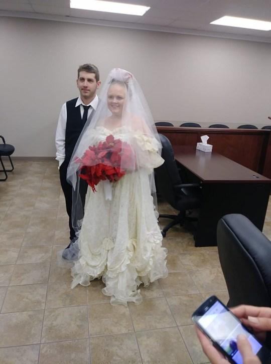 Pengantin Baru Tewas Akibat Kecelakaan Sesaat Setelah Menikah