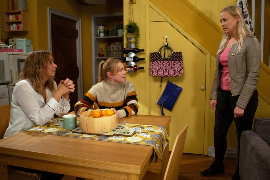 Vanessa exposes the truth in Emmerdale