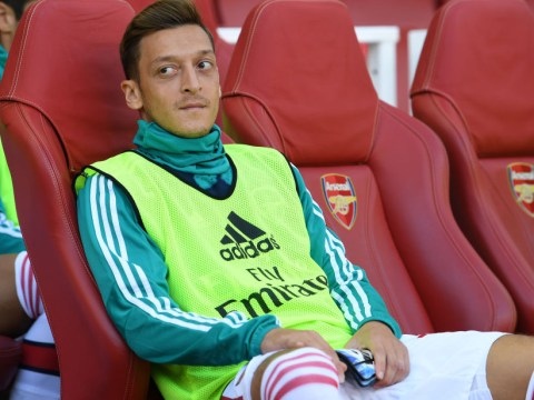 Why Unai Emery is not selecting Mesut Ozil for Arsenal